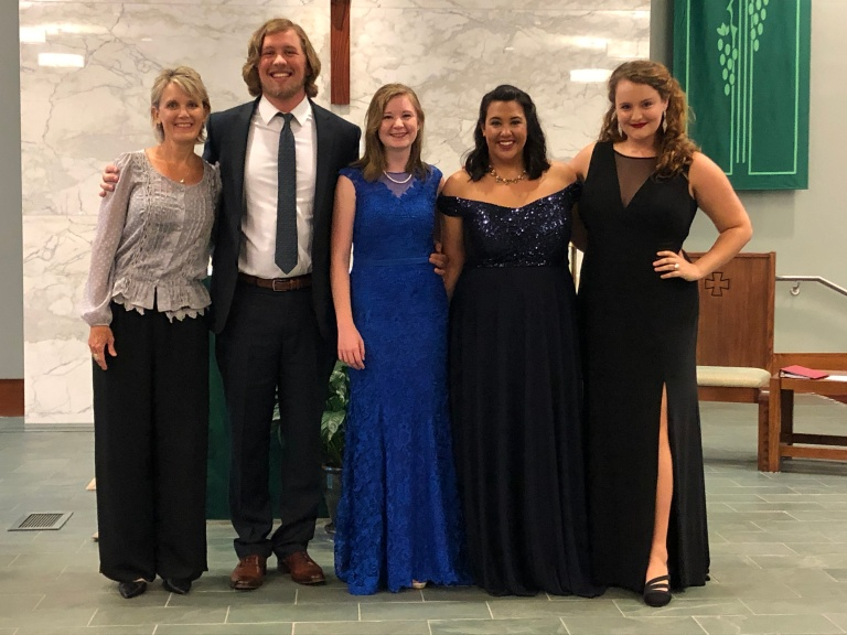 Former UNO Vocal Majors perform in Omaha